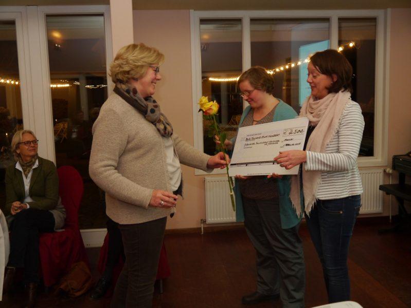 Aktuelles Inner Wheel Club Spende Ambulanter Palliativdienst für Kinder und Jugendliche Bremen